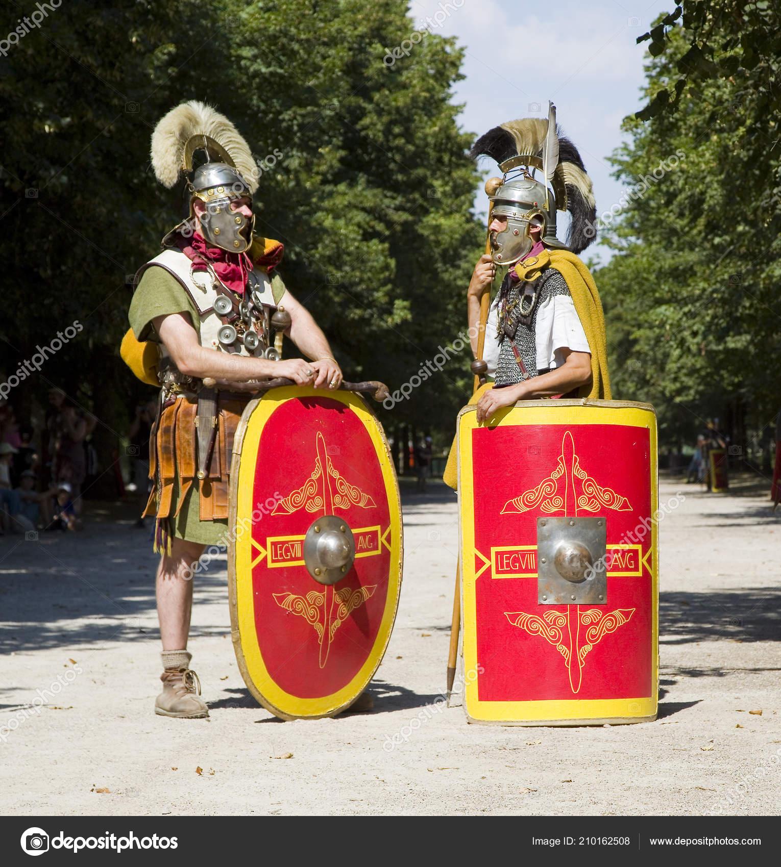 146cd5a3 Roman Spektakl Autun Gladiatorów Legioniści Sierpnia 2018 Autun Burgundii  Francji — Zdjęcie stockowe