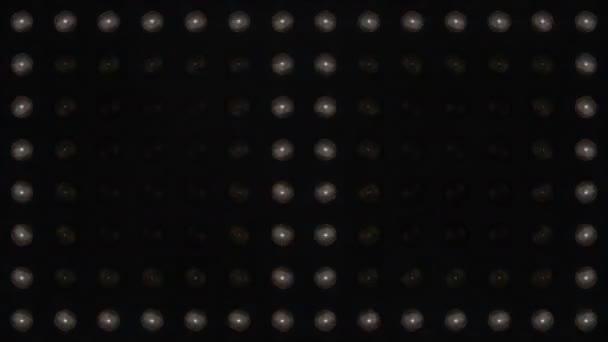Velká bílá blikající světlíky s kouřem a částečkami. Různé opakované animace. Světla jeviště. Zavři to. Reflektory blikající světlo stěny. Lesklá a vypnutá zářivá světla.