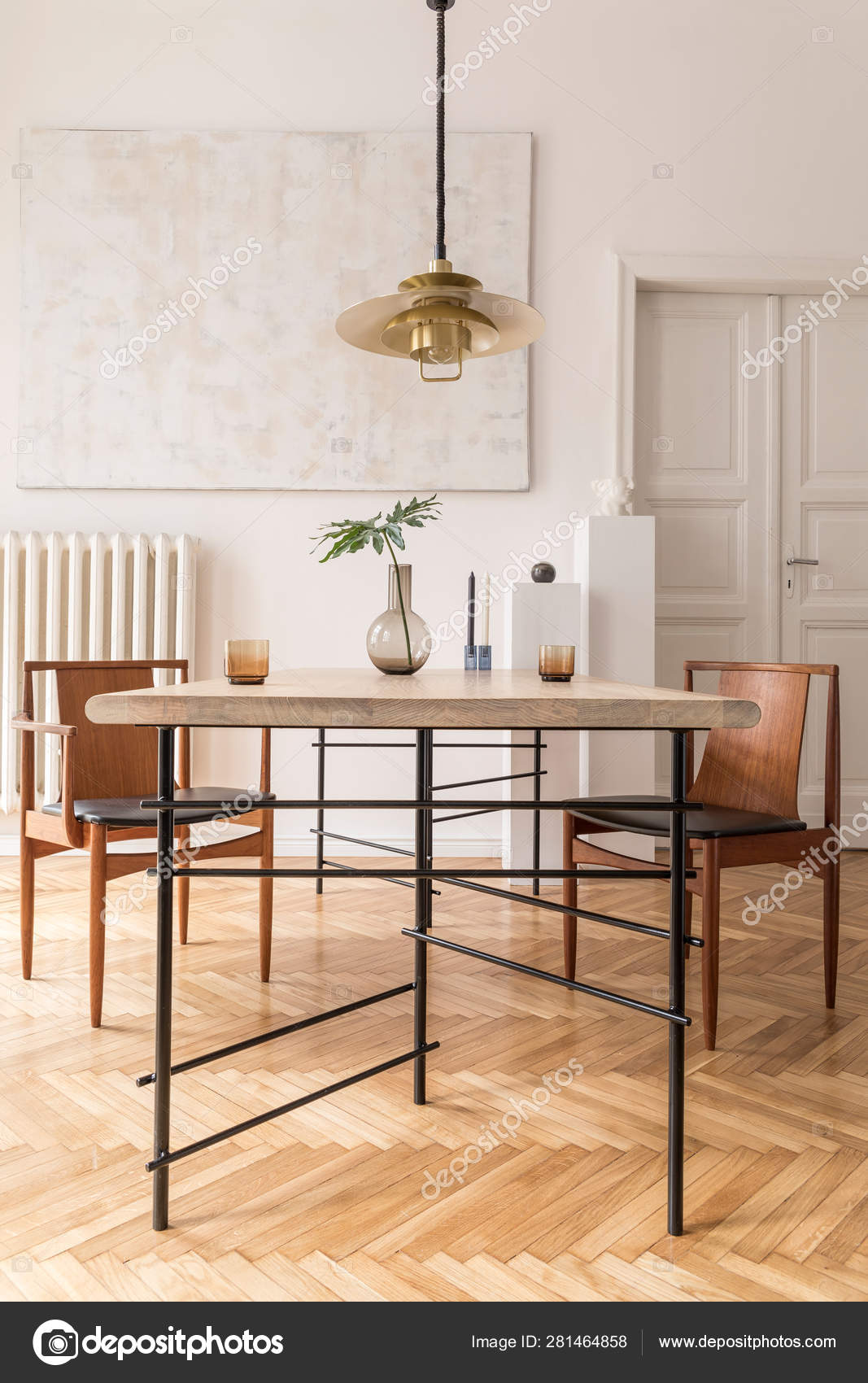 Eclectic Elegant Dining Room Interior, Classy Dining Room Chairs