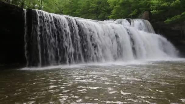Brush Creek Falls - Západní Virginie
