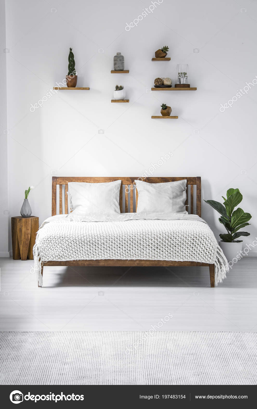 Mensola Sopra Letto Matrimoniale.Wooden Framed Double Bed Two Pillows Blanket Small Shelves White