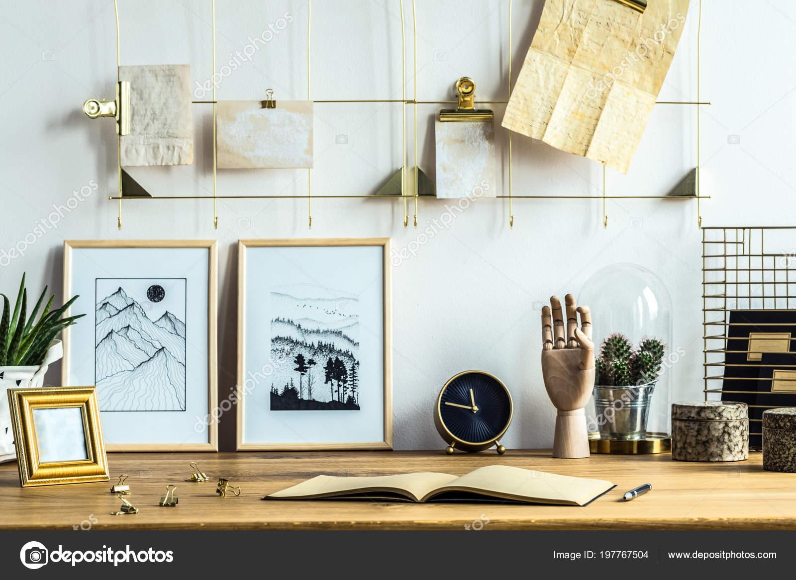 Portable affiches sur bureau bois intérieur bureau maison avec
