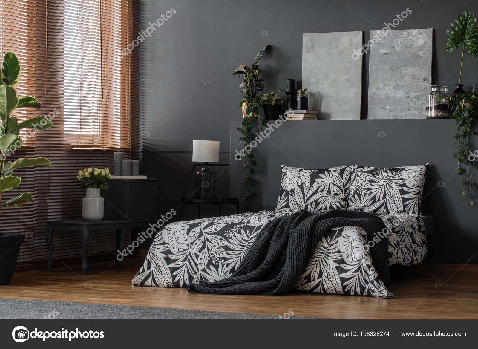 Minimalistisch grijze schilderijen elegant meubilair decoratie een