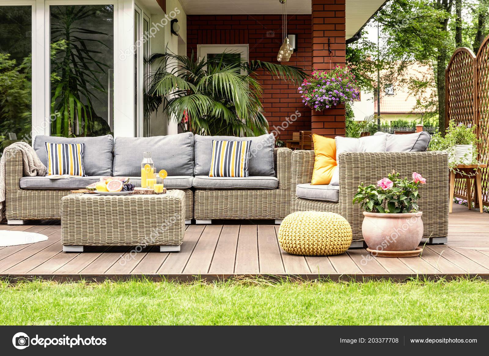 Mobili per terrazzo in rattan arredo per esterni arredamento giardino arredi in rattan mobili - Mobili da giardino low cost ...