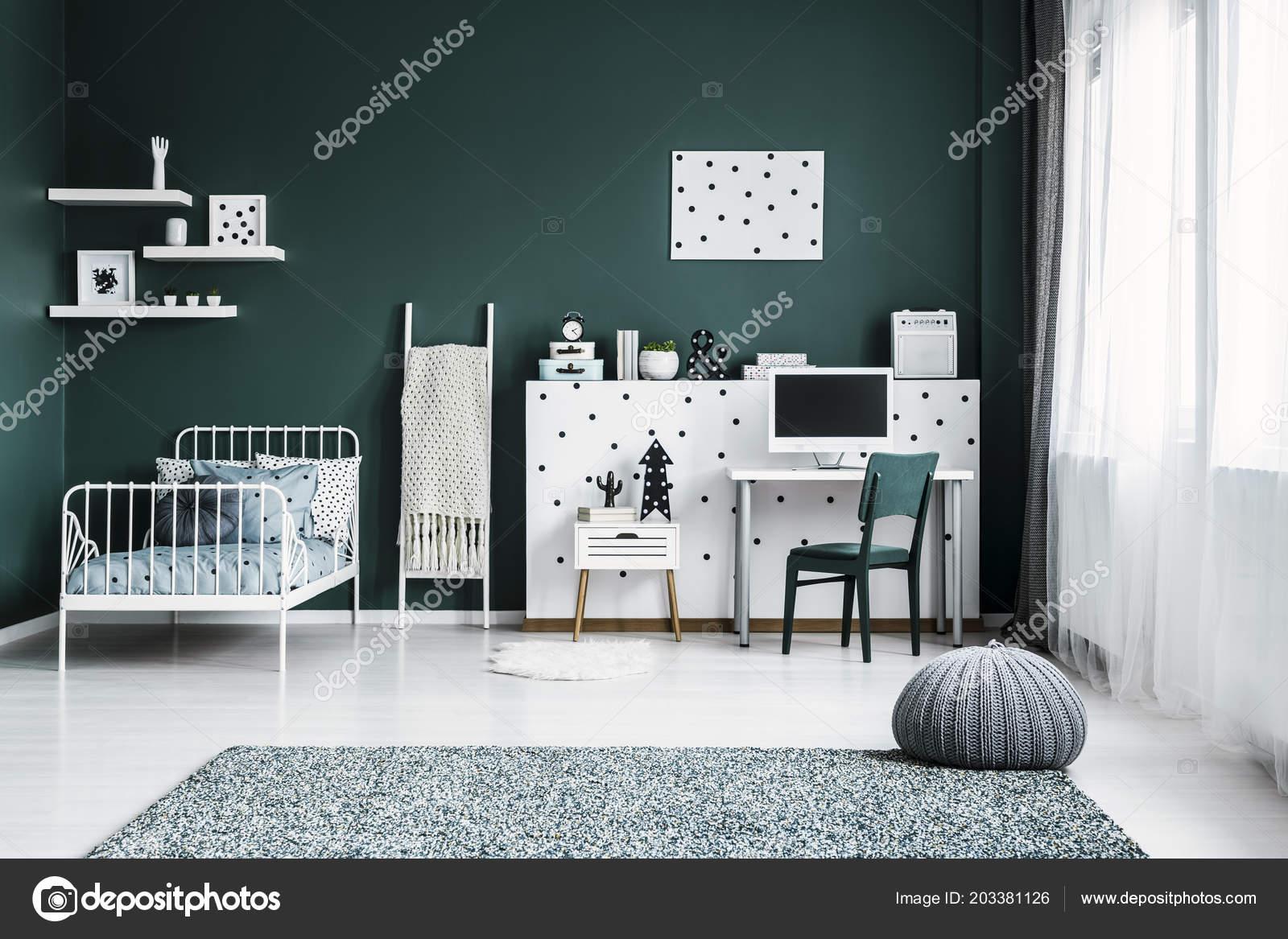 Terrific Front View Dark Green Bedroom Interior Bed Desk Computer Beutiful Home Inspiration Cosmmahrainfo