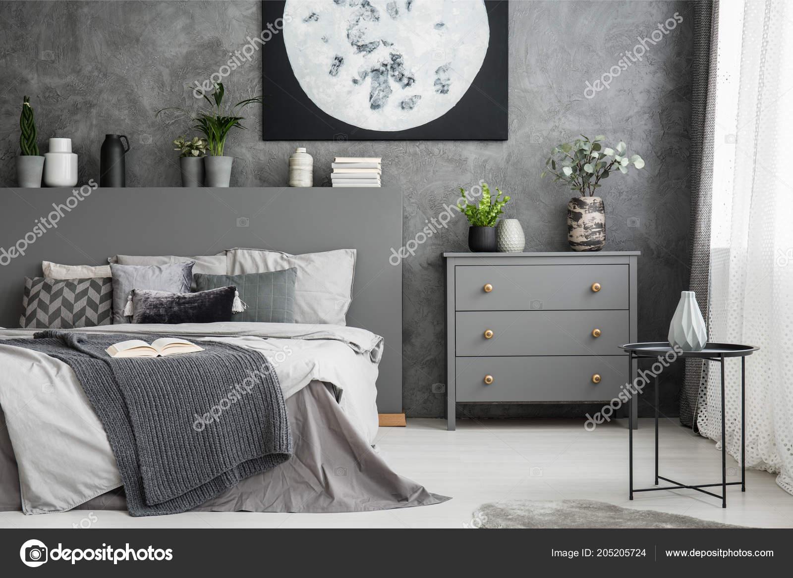 Monochromatyczny Sypialnia Szary Wnętrze łóżka Pościel