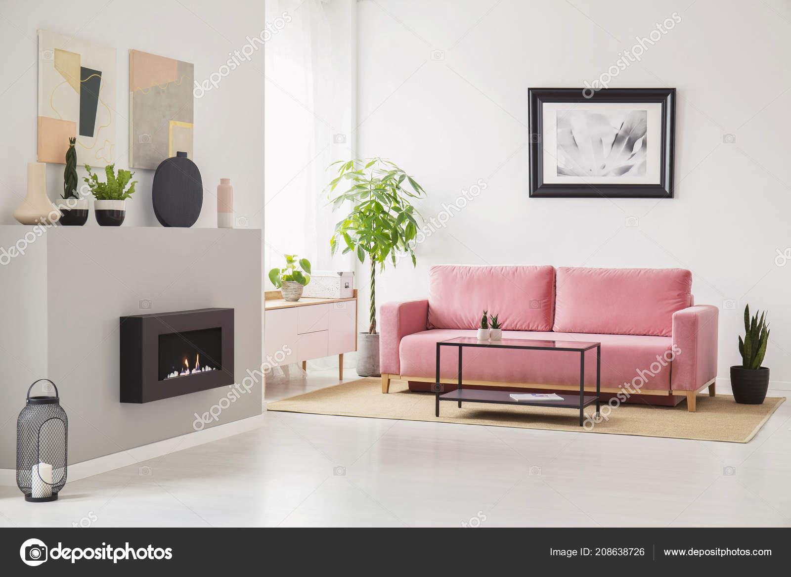 decoración fresca de la sala de estar Carteles Las Paredes Anticuados Interior Sala Estar Con Sof