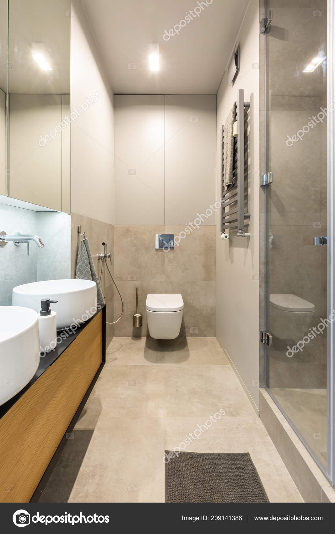 Toilette Blanche Sous Une Lumière Intérieur Salle Bains Moderne Beige U2014  Photo