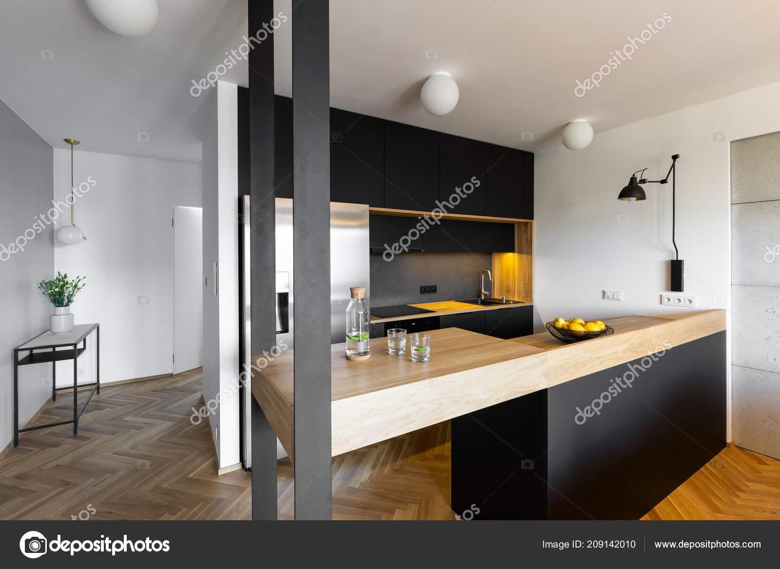 Plan Travail Beige Interieur Cuisine Noir Blanc Maison Avec Des