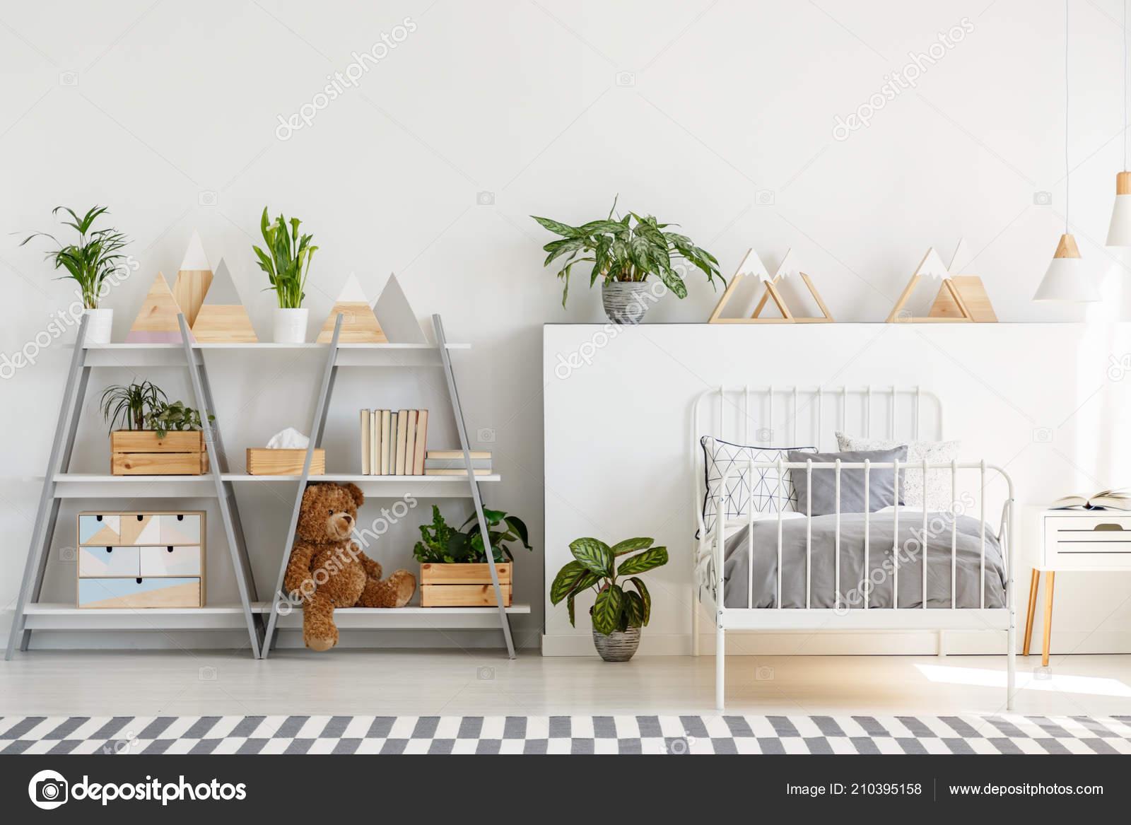 Intérieur Chambre Coucher Enfant Classique Avec Des Meubles Style ...