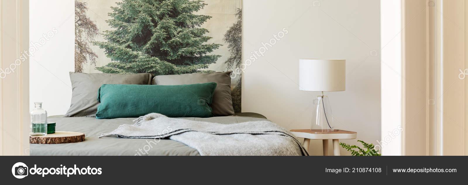 Photo Lampe Avec Chevet Pied Lit Par Vraie Table Verre htxQsrdC