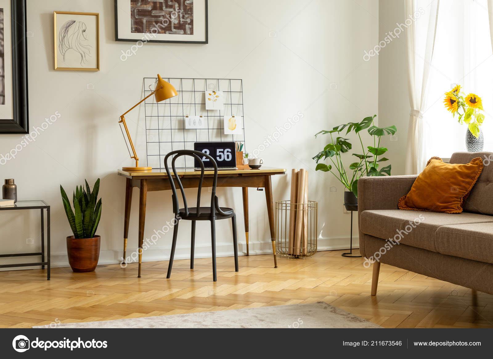 Peachy Plant Next Chair Desk Lamp Laptop Flat Interior Couch Real Frankydiablos Diy Chair Ideas Frankydiabloscom