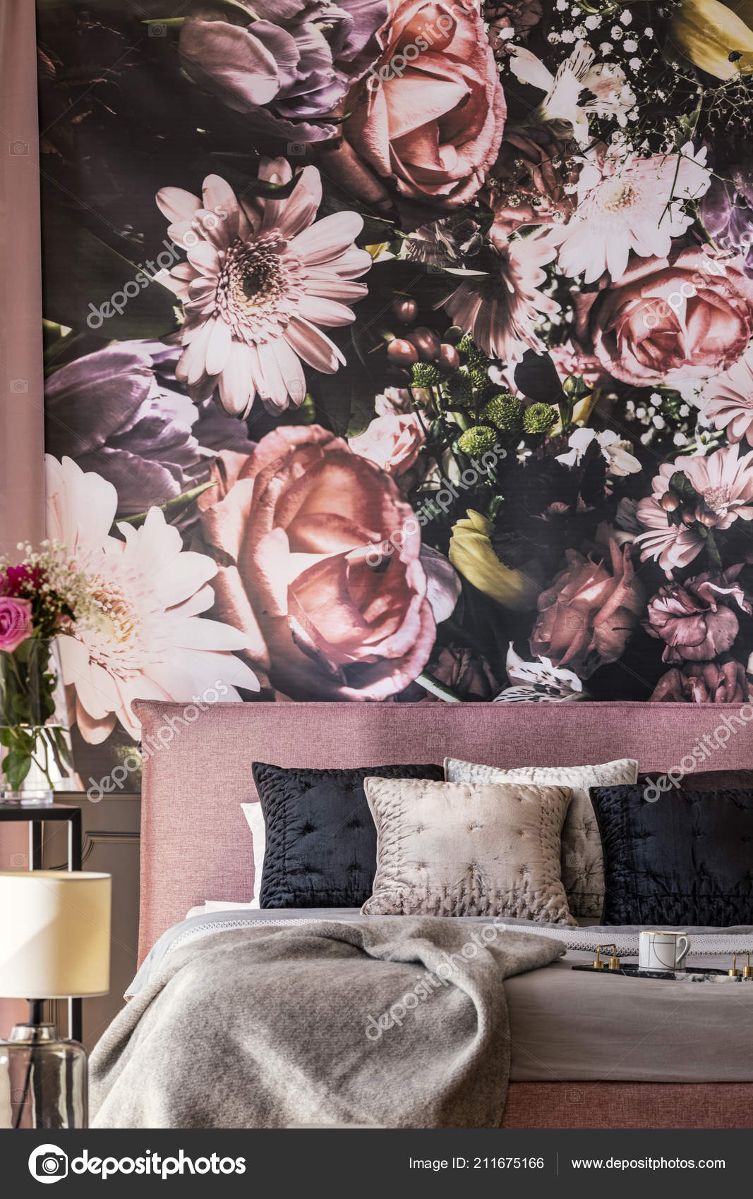 Pink And Black Flower Wallpaper Flowers Wallpaper Pink Bed Grey