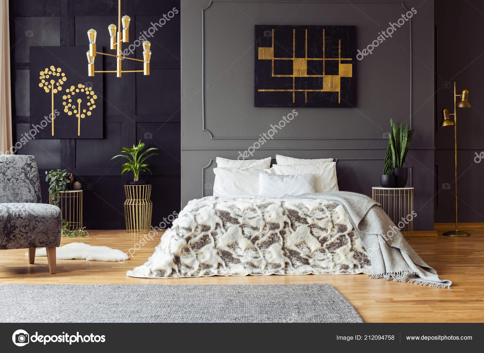 Czarno Złota Plakat Szarej ścianie Nad łóżkiem Sypialnia