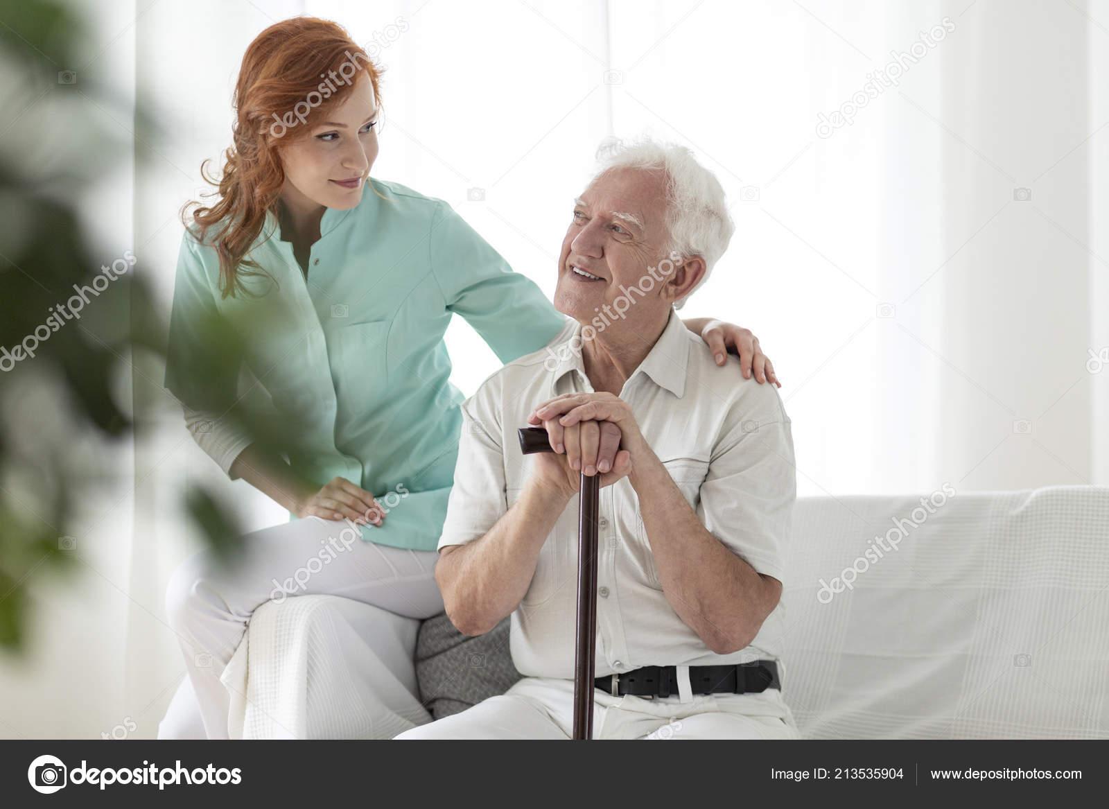 Дед с медсестрой в доме престарелых дома престарелых в марий эл