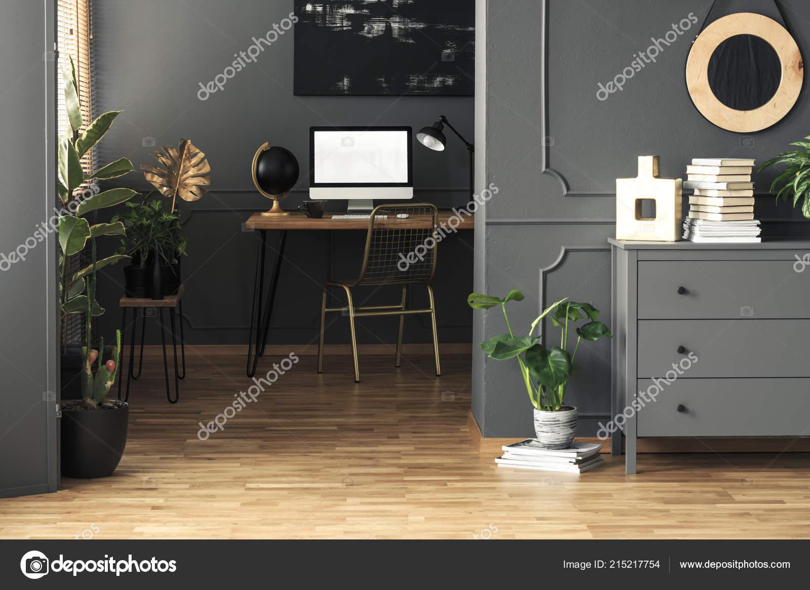 Runder Spiegel Oben Grau Schrank Neben Pflanzen Home Office ...