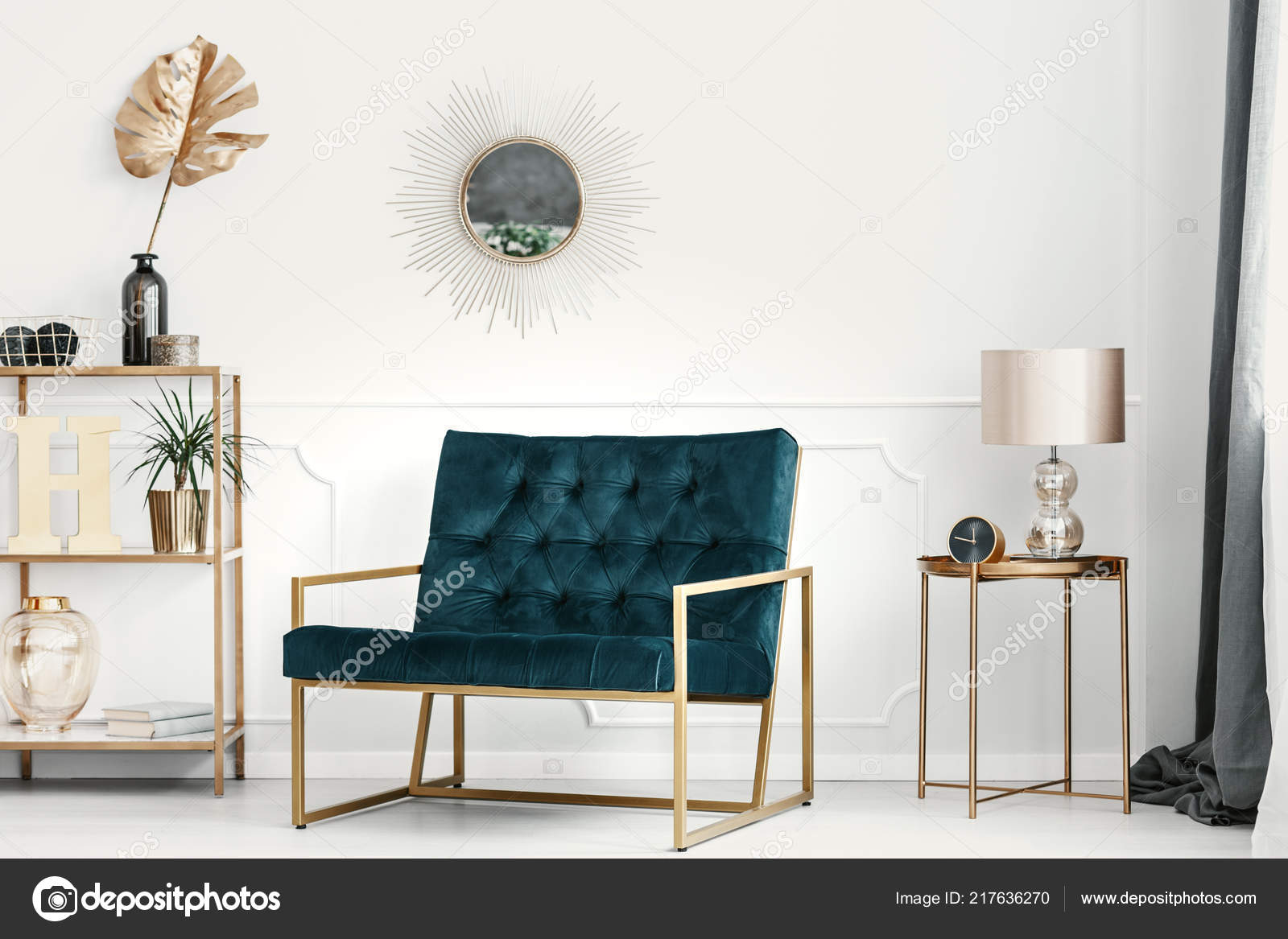 Emerald green and gold living room | Golden Decorations ...