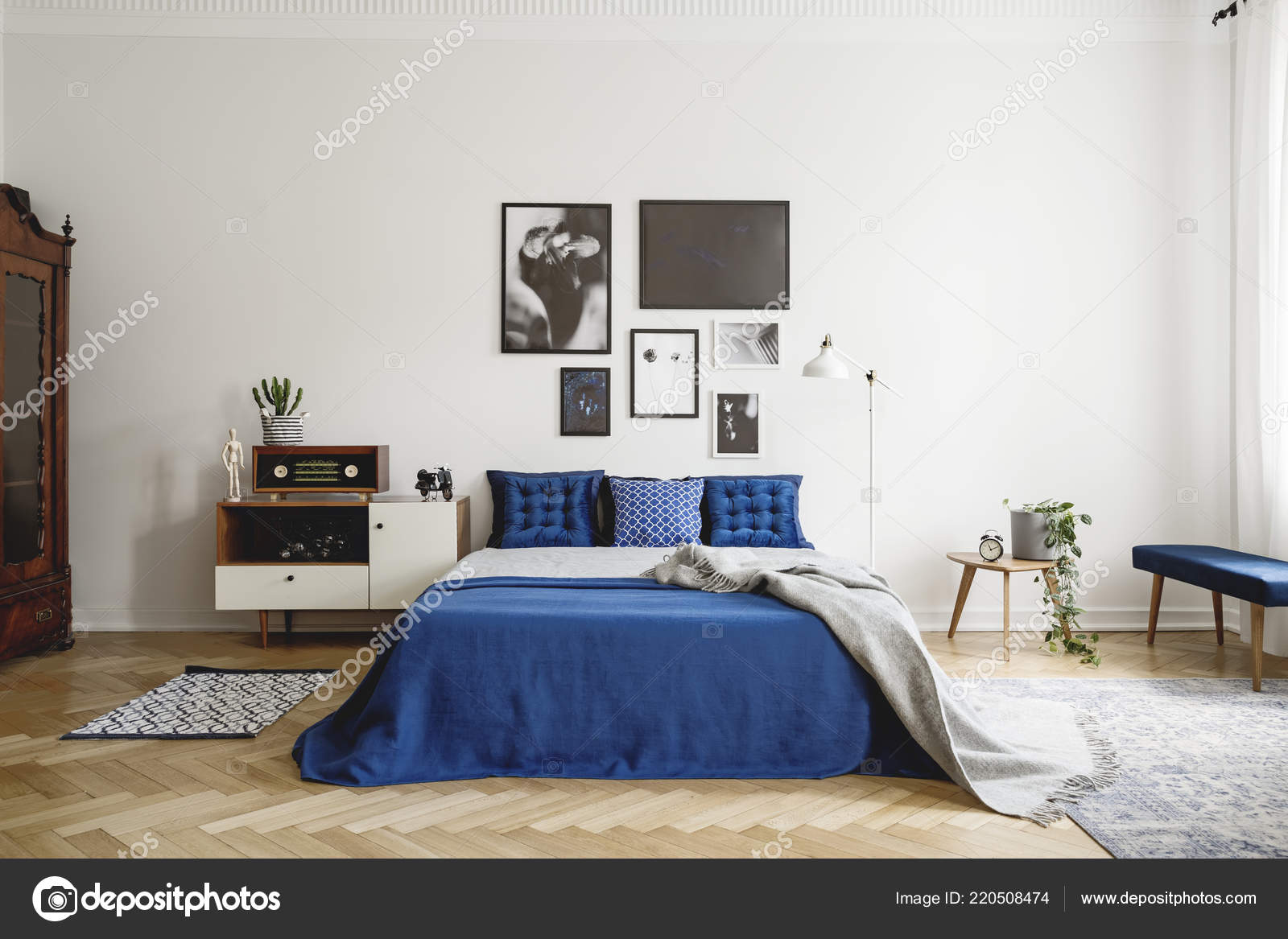 King Size Vintage.Vintage Bedroom Interior Bedside Table King Size Bed Blue