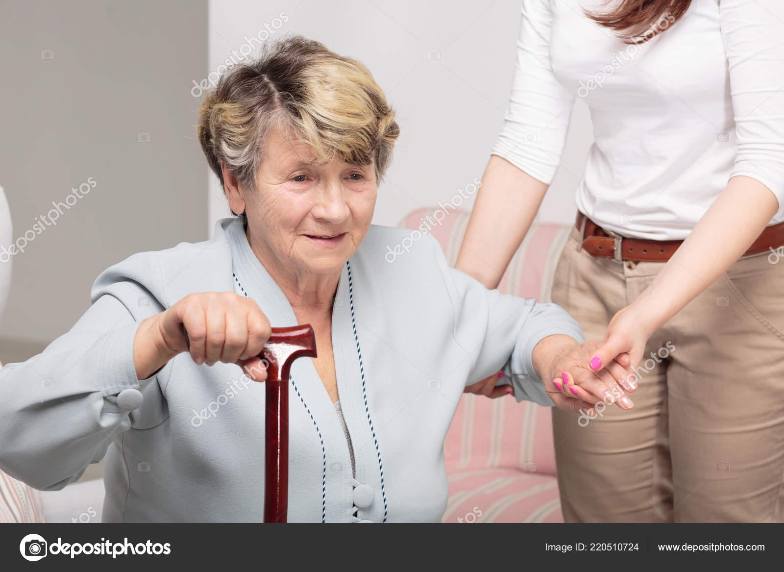 Воспитатель в доме престарелых дом престарелых в черкасской области условия поступления