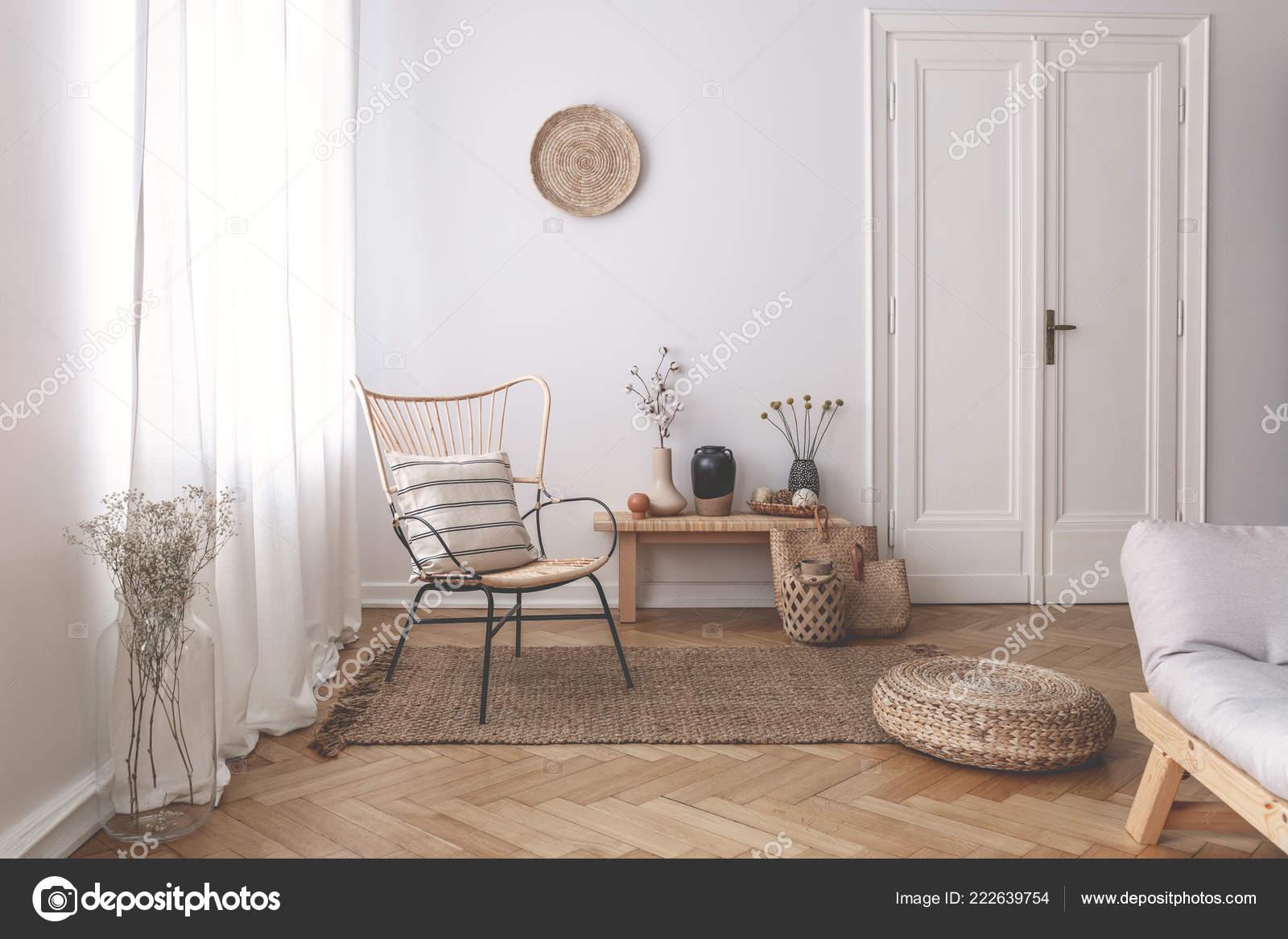 Tende Salone Bianco.Bianche Puro Tende Della Finestra Interno Salone Bianco Con