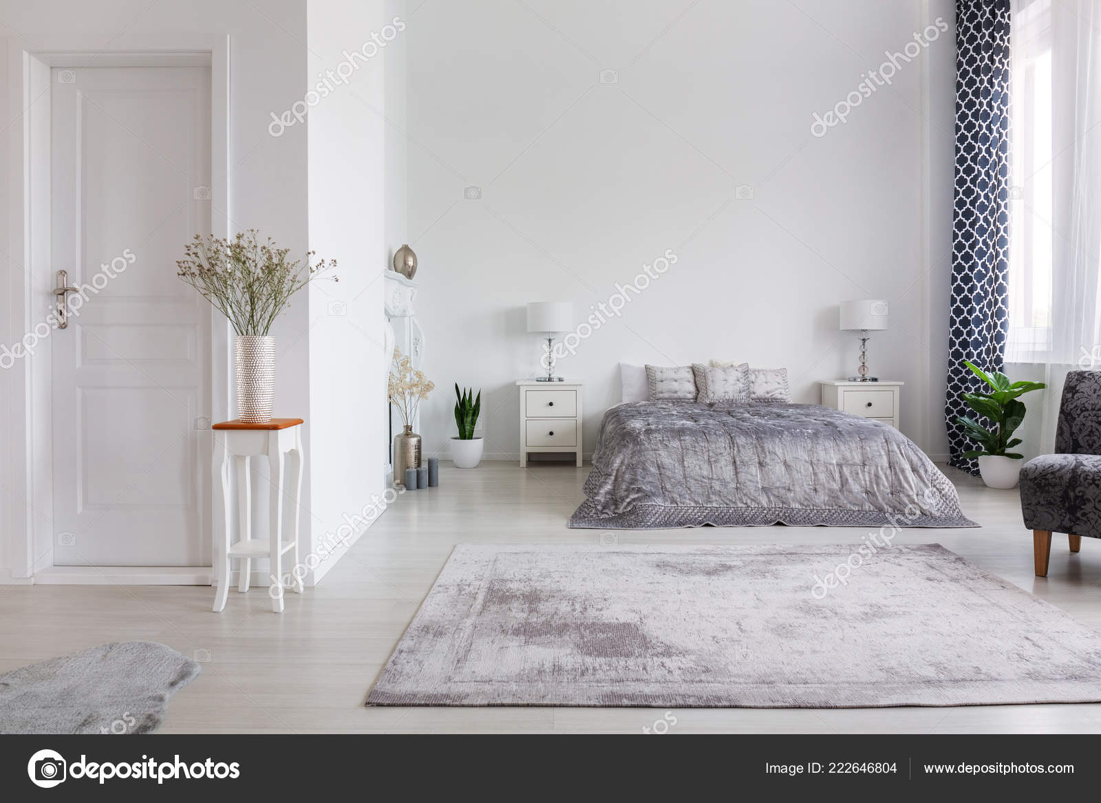 Elegant New York Style Bedroom Comfortable Bed Real Photo Copy