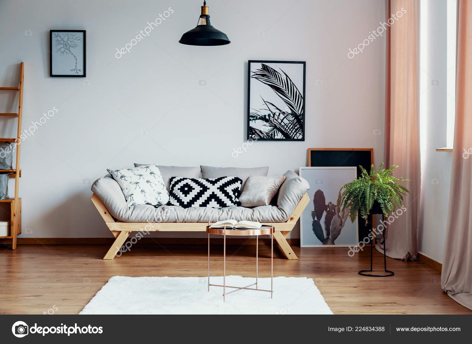 Motifs Coussin Noir Blanc Sur Beige Canapé Scandinave Dans