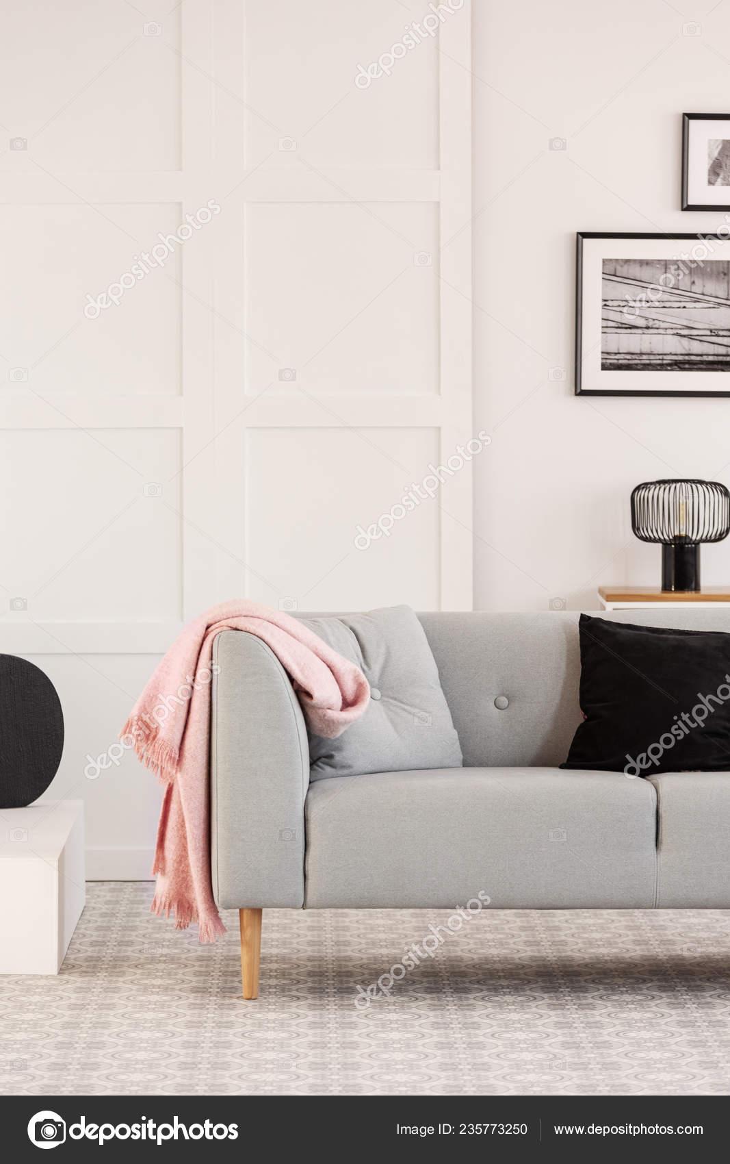 Stupendous Black Grey Pillows Scandinavian Couch White Living Room Dailytribune Chair Design For Home Dailytribuneorg