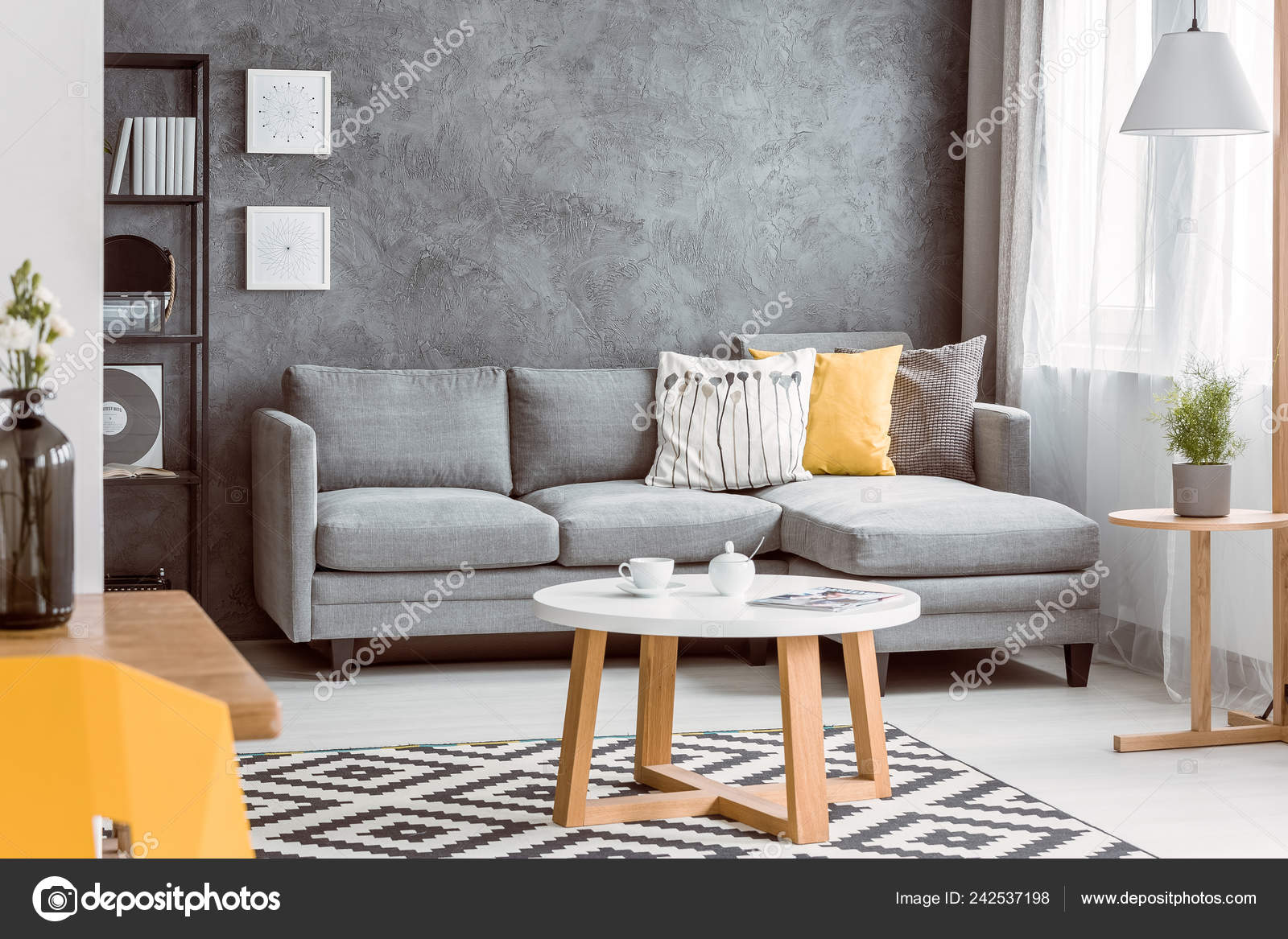 Phenomenal Coffee Table Patterned Rug Tasteful Living Room Grey Sofa Pdpeps Interior Chair Design Pdpepsorg