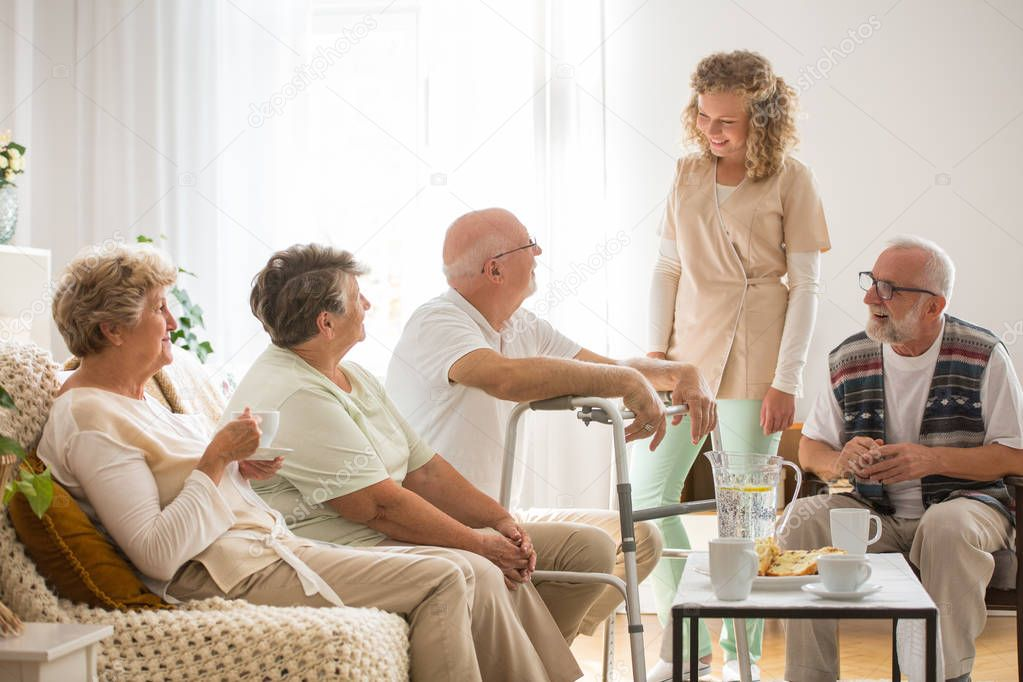 assisted living costs - 1024×683