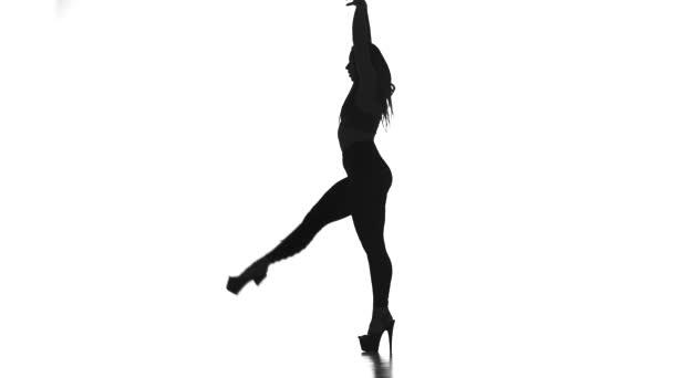 černá silueta na bílé pozadí dívka tanec moderního tance, svlékací plastiku