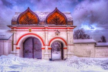 Spasskiye gates in Kolomenskoye park