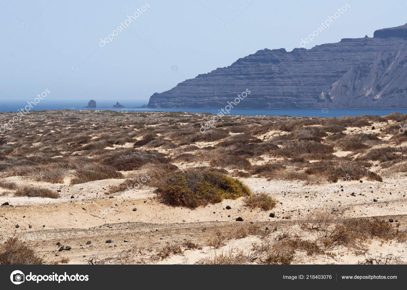 biggest archipelago