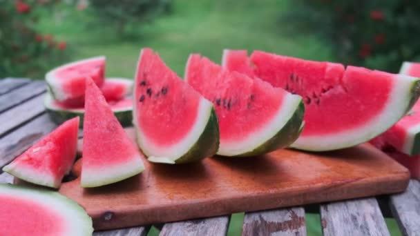Zralé lahodné šťavnaté plátky melounu