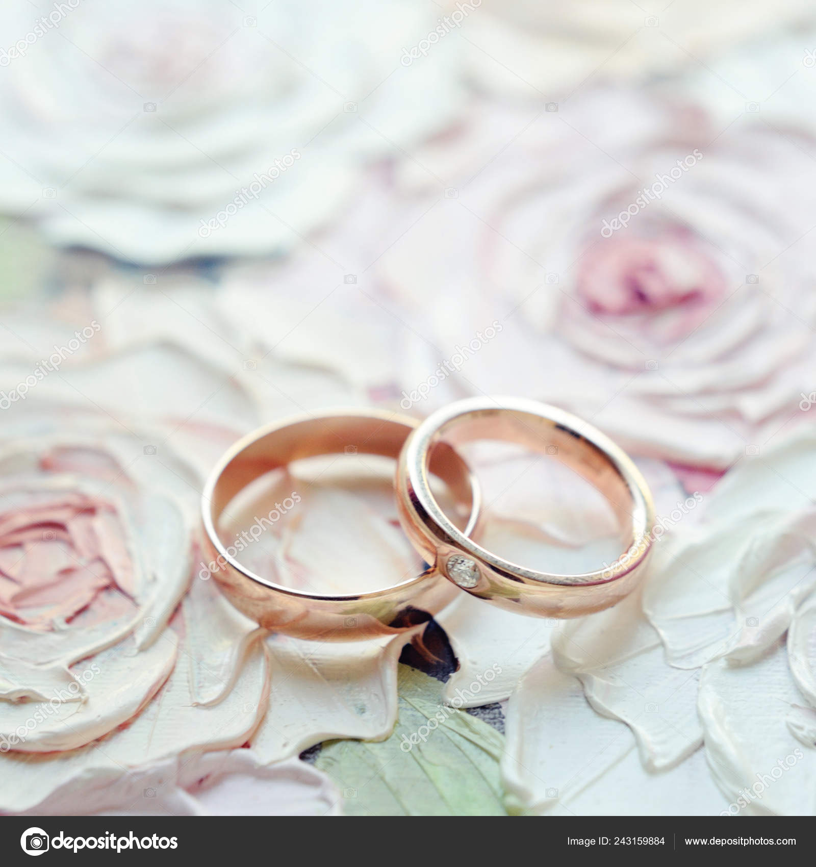 Classic Golden Wedding Rings Floral Painted Roses Background