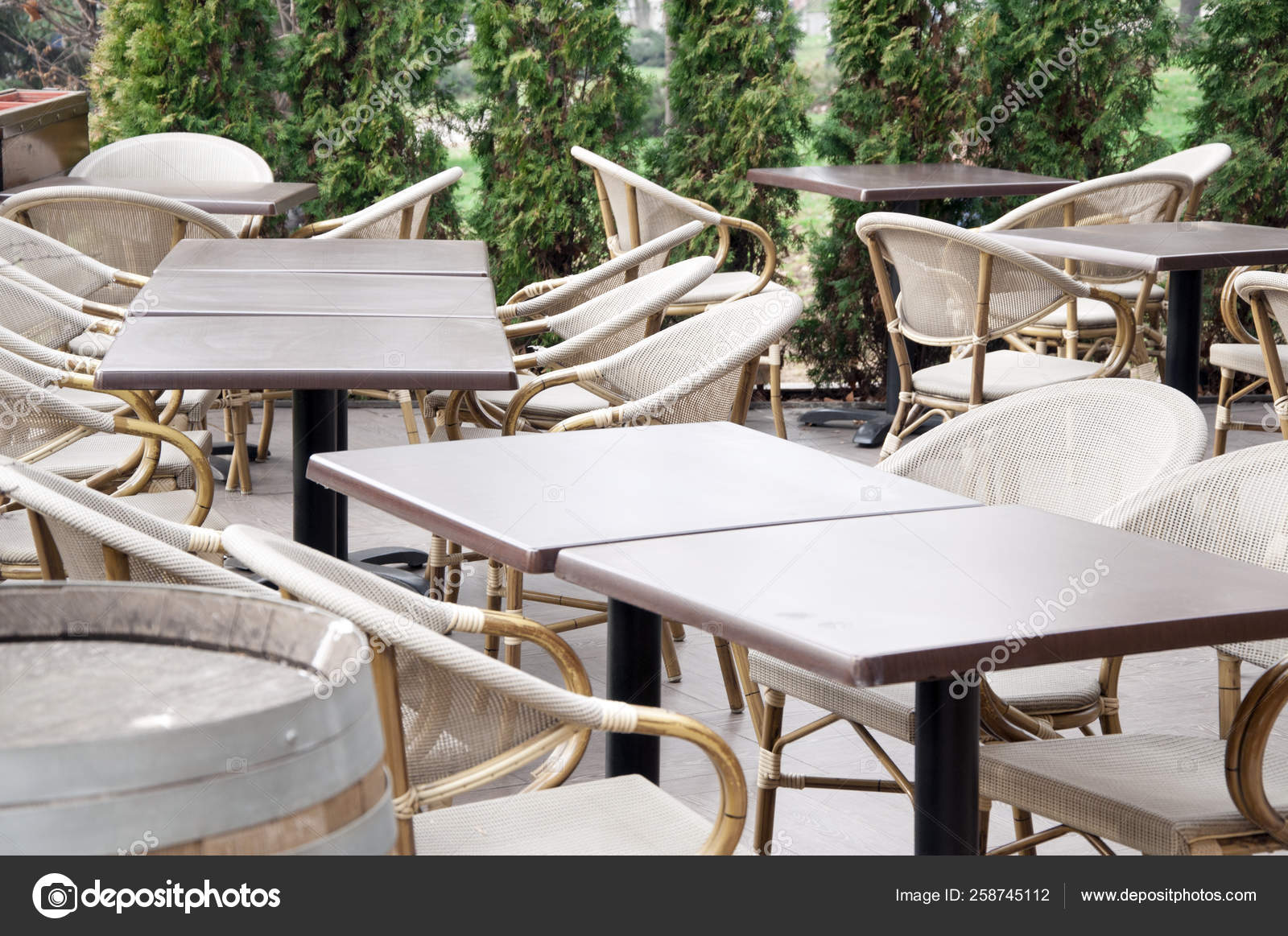 Empty Coffee Shop Wooden Chairs Tables Stock Photo Image By C Serdjophoto 258745112