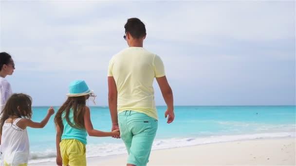 Family beach vacation. SLOW MOTION