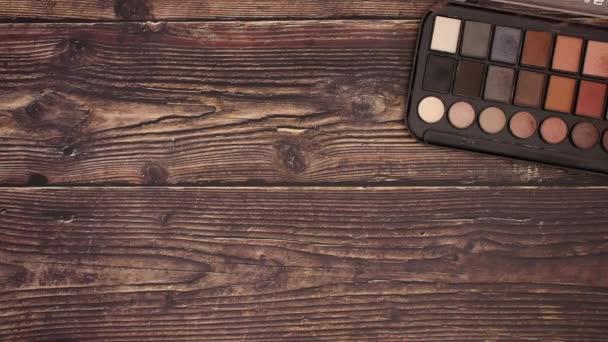 Oční stíny rtěnka a výrobky na makeup na palubě-zastavit animaci