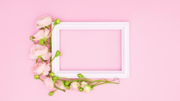 Gyönyörű rózsaszín rózsák és romantikus keret a szöveg rózsaszín téma. Állj!