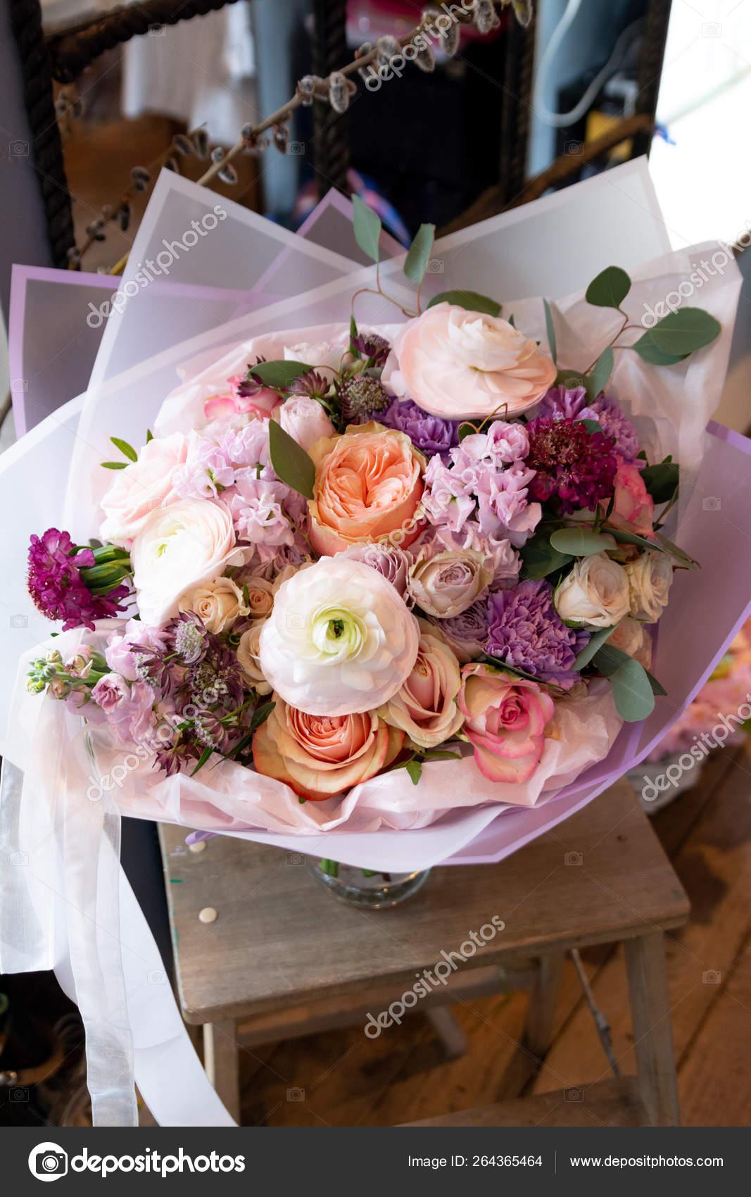 Bouquet Flowers Wedding Salon Roses Anemone Tulip Ranunculus Sunflower Garden Stock Photo Image By C Plan905 264365464