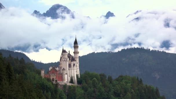 Schloss Neuschwanstein und Wolken