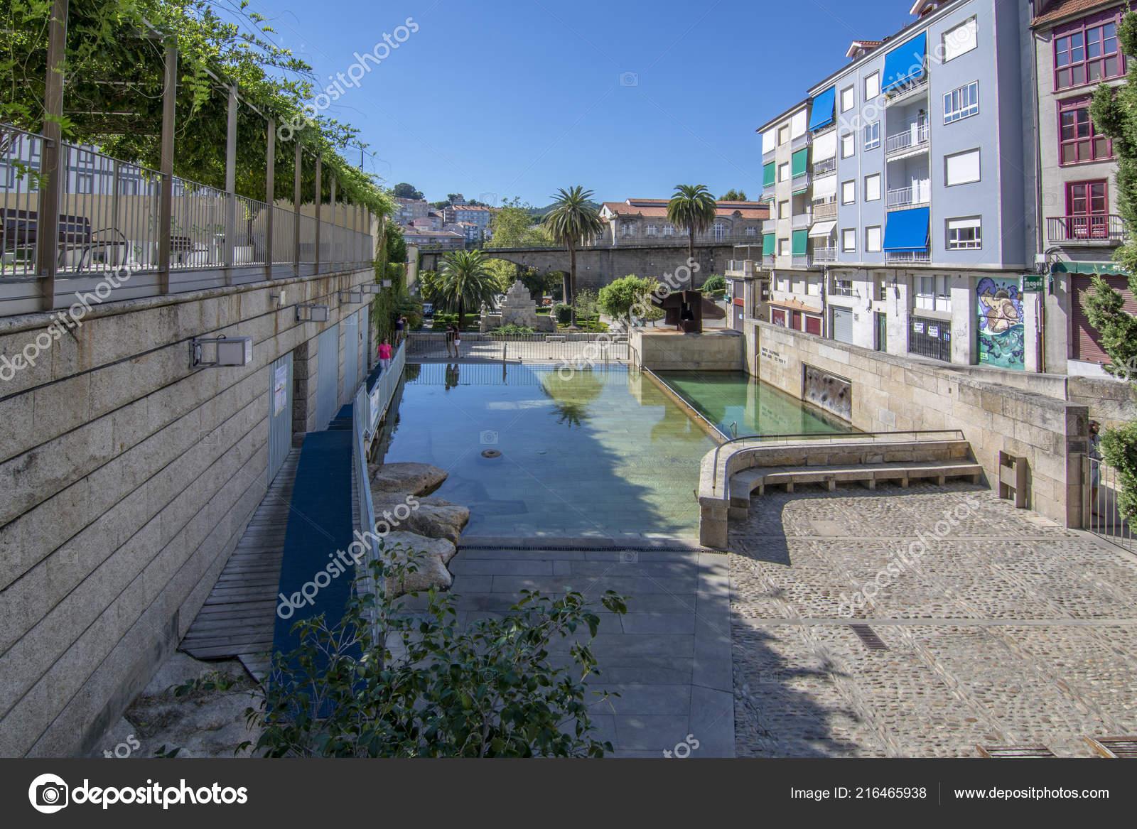 Entrar a Ourense
