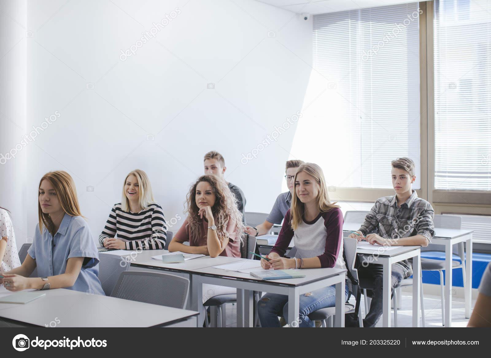 Студенты в оргии фото ничего