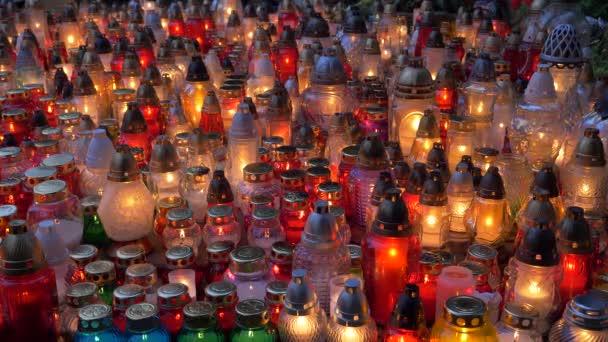 Svíčka světla blikají v noci