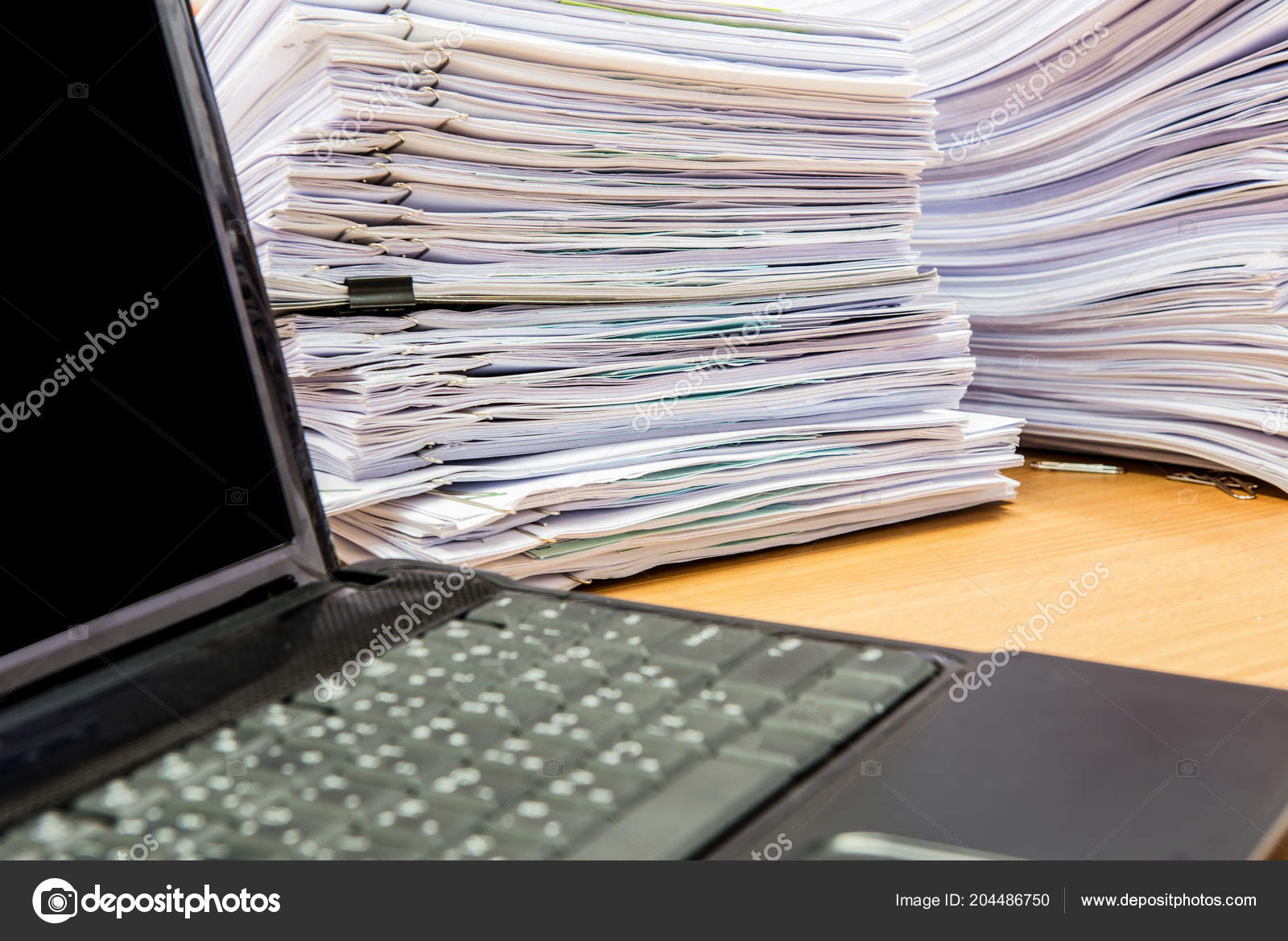 Computer Notebook Documents Desk Stack High Waiting Managed — Stock