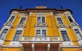 Fotografie Fasáda historické budovy v centru města Banská Bystrica, Slovensko