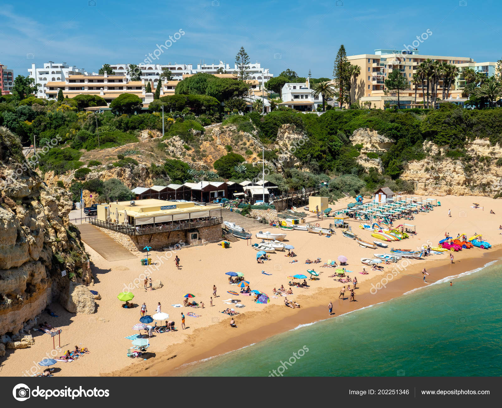 Armacao Pera Portugal Jun 2018 Beach Armacao Pera Algarve ...