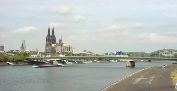 Brücken über den Rhein in Köln 4k