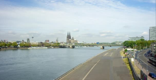 Řeka Rýn v Kolíně 4k