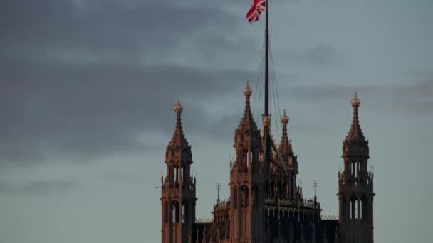 Union Jack auf Victoria Tower