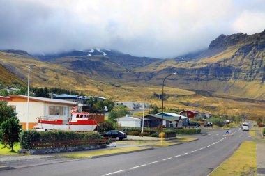 Snaefellsnes yarımadasının kuzeyindeki Grundarfjordur Köyü İzlanda 'nın batısında, Avrupa